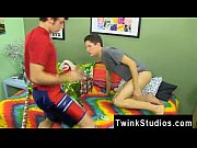 gay clip of braden klien can&#039_t enjoy christmas.
