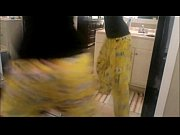 white girl shakes ass in spongebob pants - MYSLUTBOX.com