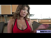 mature housewife (akira lane) with big juggs love.