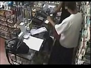 Real ! Employee getting a Blowjob Behind the Counter http://www.clictune.com/id=