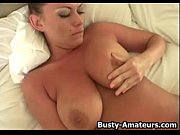 big boobs leslie masturbates with dildo