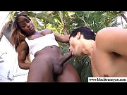 black shemale outdoors gets blowjob in.
