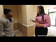 Picture Kim Cruz Thick Latina gives BBC Blowjob in her Of...