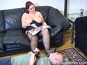Chubby mistress' pantyhosed feet is licked and worshipped