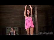 slavemaster is torturing babe&#039_s cunt
