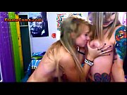 two tattooed lesbian teens play