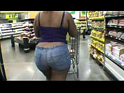 huge ass ebony doing the groceries