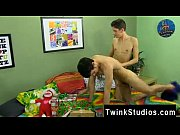 boys gay speedo braden klien can&#039_t enjoy christmas.