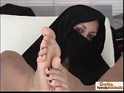 arabian mature uses her feet like.