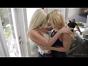 Big ass lesbians AJ Applegate and Spencer Scott