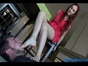 guy licks redheaded bitche&#039_s feet