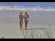 5120070_Short Hair Blonde &amp_ Long Hair Blonde With Sandy Shells_240p