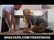 office slut shyla stylez gets a good fuck.