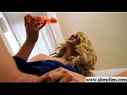 Solo Horny Amateur Girl Get Dildo Toys In Holes video-13