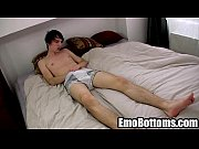 horny emo twink kurt maddox tugging on his cock24_2