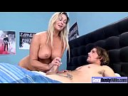 Housewife With Big Juggs Get Nailed Hard Style video-01