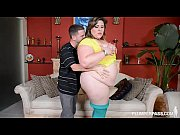 bbw bella bendz takes huge cock deep in.