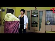 Amma-Nanna-Oorelithe-Movie-Promo-Song-Gundello-Siddharth-Varma-Shilpasri