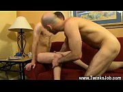 Hot gay sex Phillip Ashton feels painfully taking a yam-sized tip for