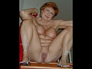 mature women spreading 3