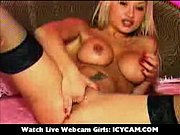 finger her snatch hot webcam blonde