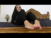 Beautiful Mistress Wants You To Worship and Cum On Her Feet