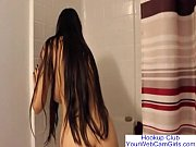 yourwebcamgirls.com long haired shower webcams free.