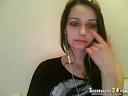 beautiful brunett rubie in live girls on cam.