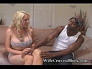 Blondie Craves Black...