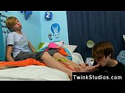 Gay twinks Kyler Moss and Nick Duvall get into some tasty and gloppy