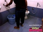 indian housewife shilpa bhabhi hot shower.