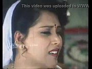 thagam thagam aunty sexy seducing husband.