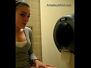 Amateur Babe Masturbating In Public Rest Room_(amateursfukt.com)