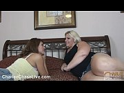 Charlee Chase and Seelah eat p