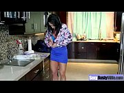 sexy housewife (ashton blake) with big juggs get.
