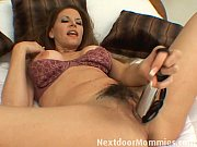 Selena has got some home alone time (Xvideos XXX Videos)