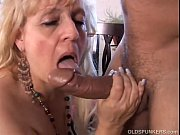 Picture Mature BBW gives a great blowjob