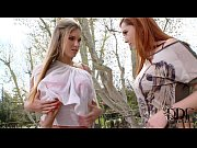 angell summers and eva parcker double team cock in the park