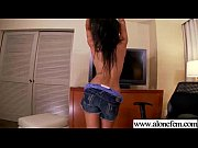 Solo Freak Girl Use Sex Toys To Get Climax movie-19