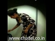 desi indian bhabhi changing dress captured.