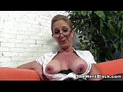 Picture Sexy Cougar Jenna Covelli seduces two big bl...