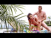 Brazzers.com Trophy Wife August Ames Fucks Pool Boy Pornvideo 7 Min