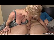 Mature Slut Sucks A Young Guy&#039_s Boner