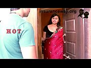 indian house wife romance with who brings her.