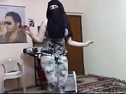 Me in Niqab dancing with tight clothes