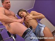 Valentina Rush is hot and wet