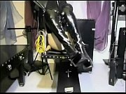 Hot slave girl gets her pussy tortured