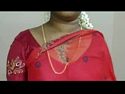 hot mallu servant aunty saree drop to impress.
