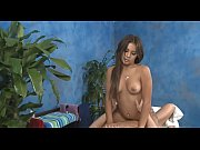 supple beauty enjoys insertion
