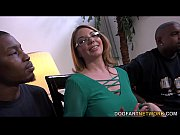 milf babe kiki daire gets interviewed.